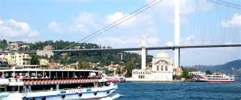 boat tour spanish bosphorus cruise 2 continents tour in spanish efendi