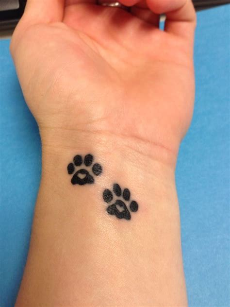 heartbeat paw tattoo paw print heart tattoos maybe pinterest girls the