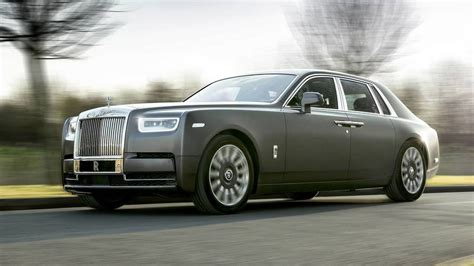 customized rolls royce phantom rolls royce brings customized phantom models to