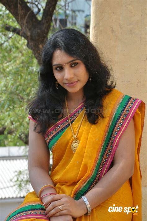 actor latha latha actress stills 4