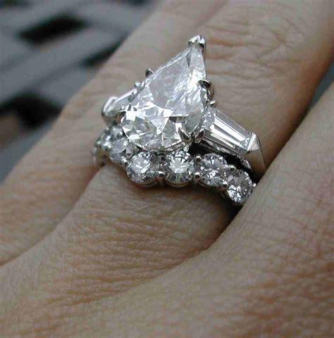 pear shaped halo engagement ring eabafadc