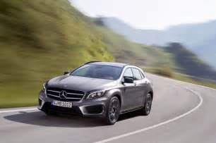 Mercedes Gla Compact Suv Mercedes Reveals Gla Compact Suv Business Insider