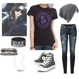 Here s an outfit for the girl who loves the color black and pop punk