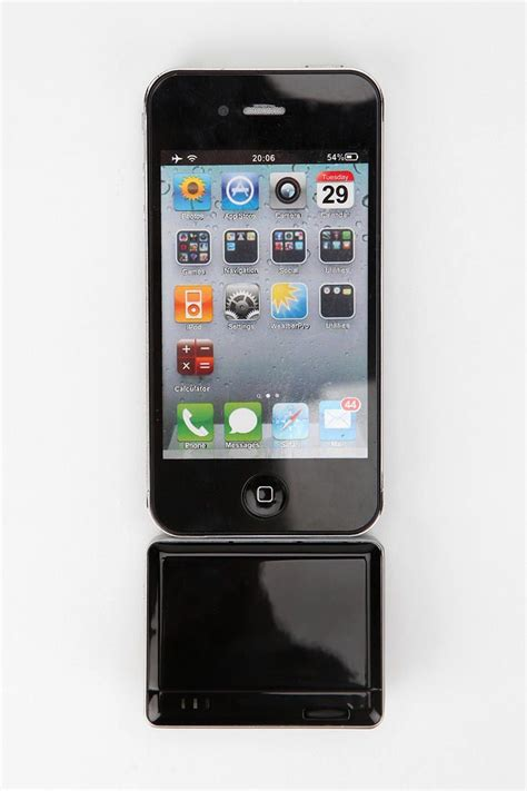 iphone projector best 25 iphone projector ideas on phone projector diy projector for iphone and diy