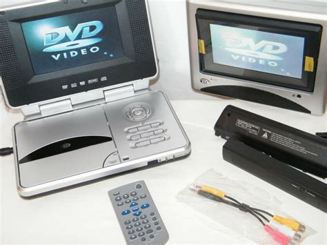 porta cd auto durabrand pvs 1966 dual 6 25 quot monitor 2 screens portable