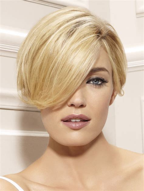 neckline photo of women wth shrt hair latest short hairstyles trends 2012 2013 short