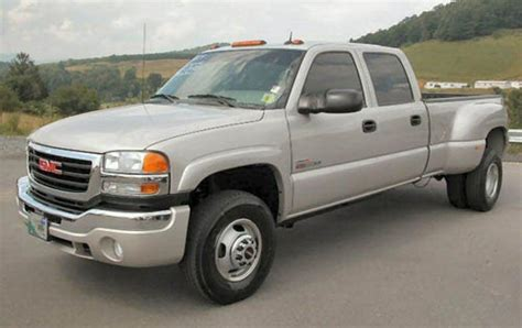car manuals free online 2001 gmc sierra 3500 windshield wipe control service manual 2004 gmc sierra 3500 transflow manual service manual 2004 gmc sierra 3500