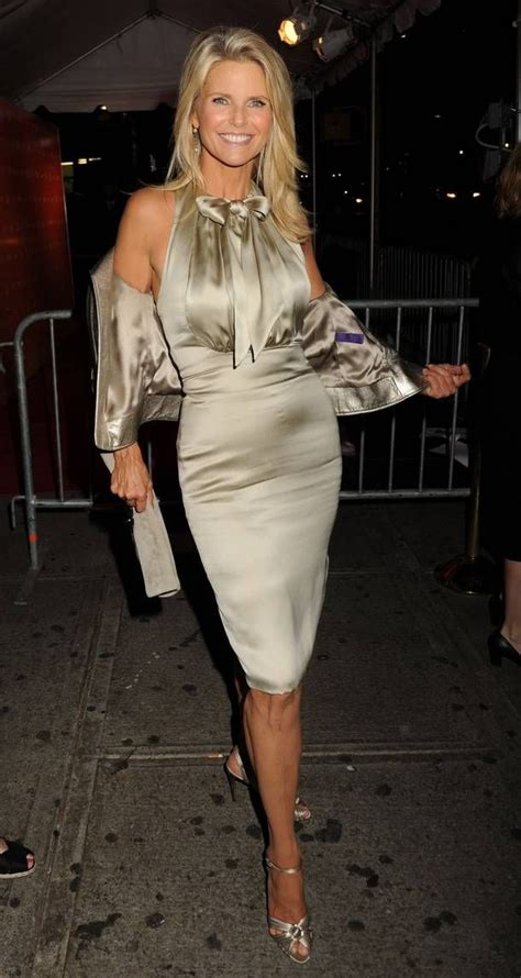 how to dress at58 christie brinkley 58 looking great beautiful women