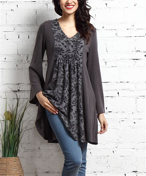 who is the zulily model reborn collection charcoal damask panel v neck tunic dress