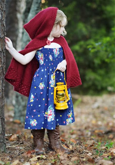 free pattern red riding hood cape free knitting red riding hood girls cape pattern red