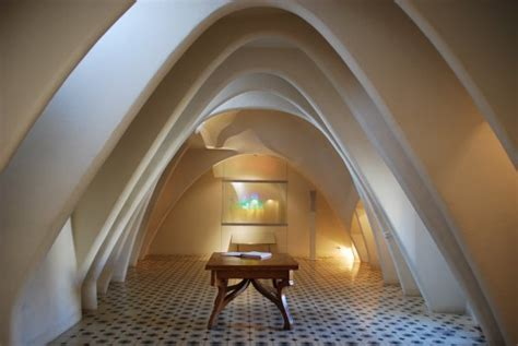 beautiful curved lines    interior  casa