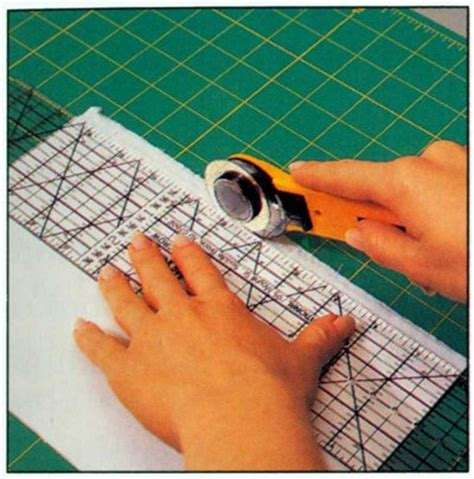 Material Cutter For Quilting by Cutting Fabric Forquilting Howstuffworks