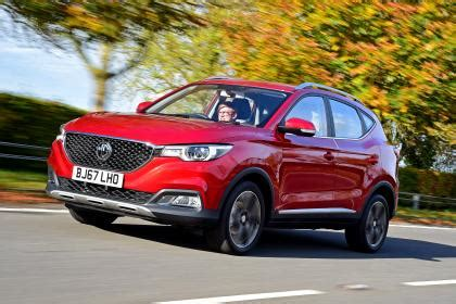 new mg zs 2017 review | auto express