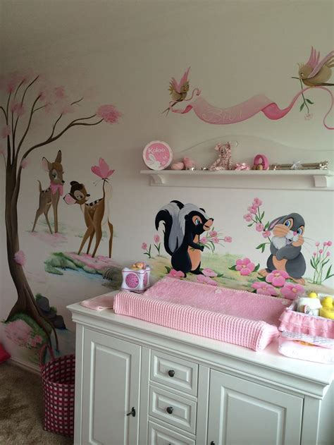 Wandtattoo Kinderzimmer Dumbo by 1000 Ideas About Disney Mural On Disney Rooms