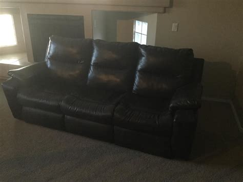 couch with reclining ends couch with recliners built in both ends classified ads