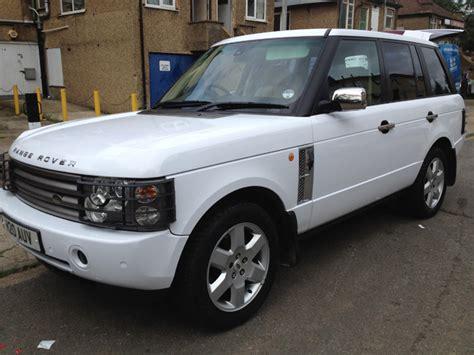 white wrapped range rover gloss white range rover wrap london