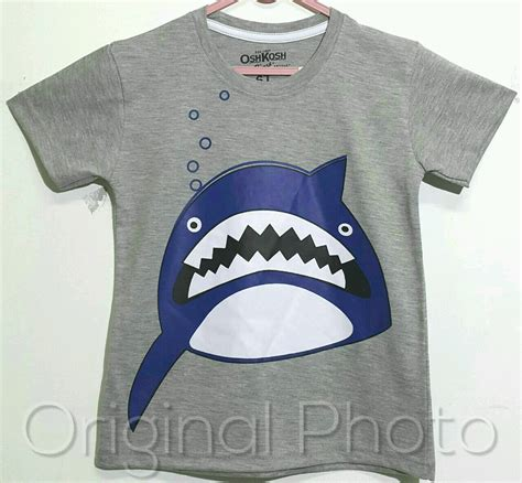Setelan Anak Size 1 6 Oshkosh Shark Grey Kaos Karakter Anak Laki grosir baju anak grosir baju anak branded grosir baju anak karakter suplier baju anak tangan