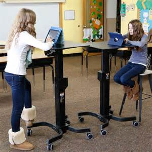 ergotron learnfit 2 adjustable standing desk welnis