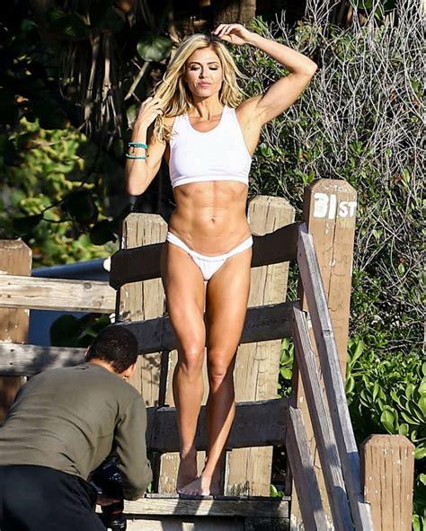 torrie wilson house torrie wilson in bikini 2017 32 gotceleb
