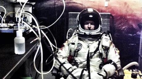 möbel baumgartner felix baumgartner il lancio dallo spazio oltre la