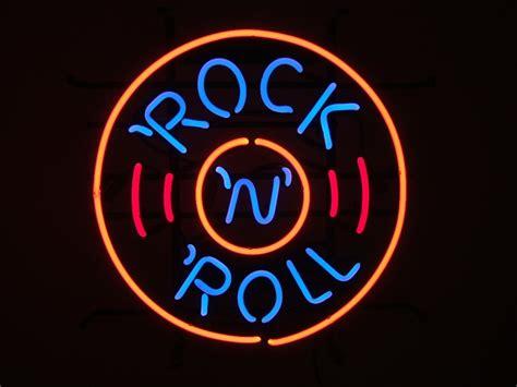 rockin lights rock rock roll disc retro neon sign