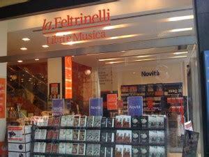 lavorare in libreria feltrinelli lavorare alle librerie feltrinelli in tutta italia