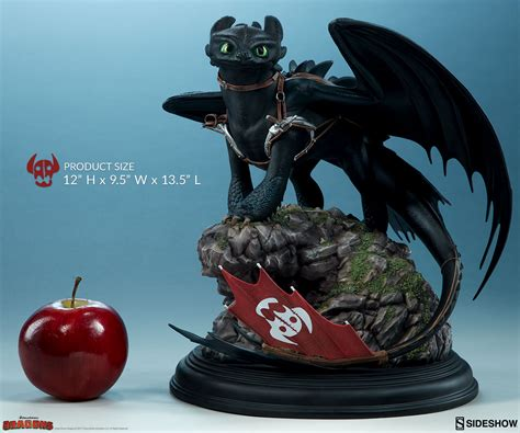 Figure How To Your how to your toothless statue by sideshow