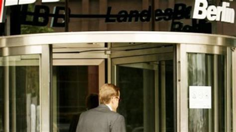 ikb bank rating moody s lowers outlook for 17 german lenders rt business