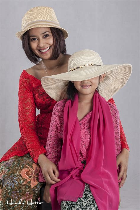 Baju Kebaya Modern By Ratu Budaya kebaya indonesia on newhairstylesformen2014