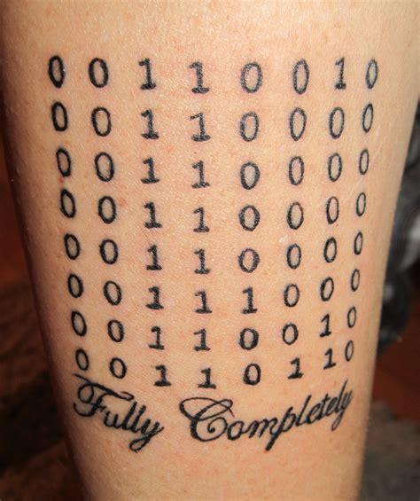 binary code tattoo binary numbers tattoos on bicep