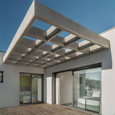 design of house balcony vilamoura house designed by groupo dunaplana keribrownhomes
