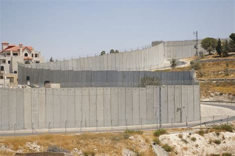 the wall and the gate israel palestine and the battle for human rights books greater jerusalem tour murad tours