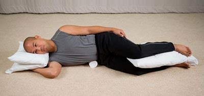 minimizing hip while sleeping backpained - Pillow Knees While Sleeping