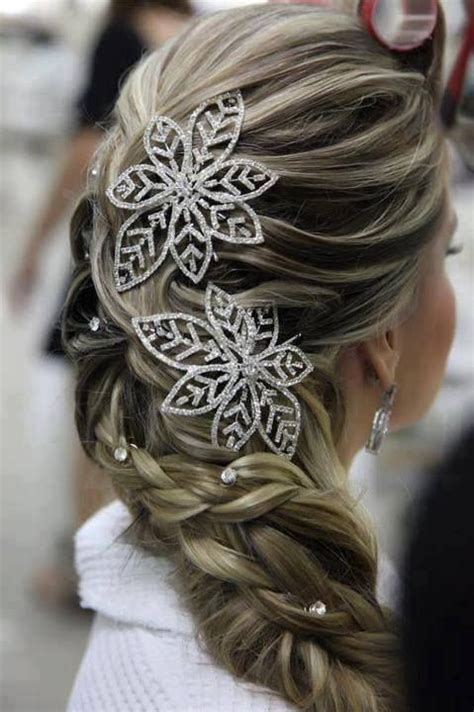 Winter Inspired Wedding Hairstyle Ideas   Hair World Magazine