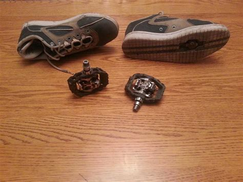 bike pedal and shoes bike pedals clip in spd and shoes size 10 1 2 with spd