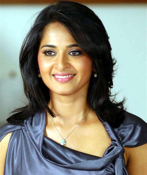 south actress of 90s anushka shetty hd wallpaper free download yahoo tv blog