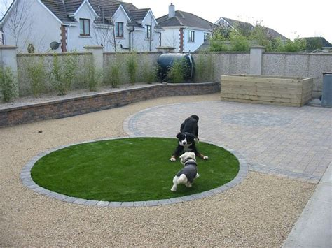 Backyard Landscaping Ideas For Dogs by Low Maintenance Friendly Landscaping I Would Do Two