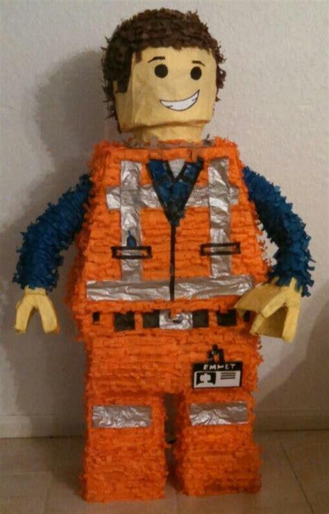 Pinata Lego Emmet By Pinata Dimi emmet lego pi 241 ata lego lego and