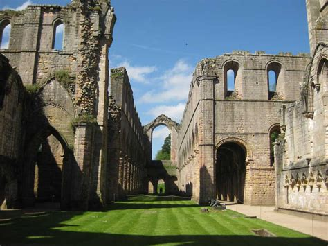 fountains abbey building studley royal gardens  architect