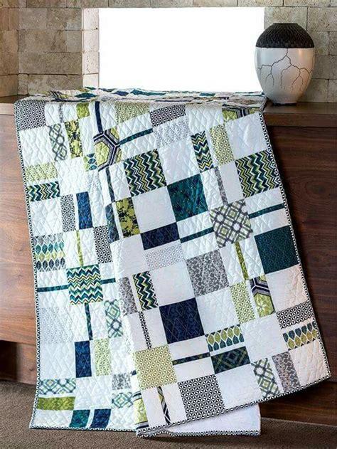 Quilts Modern Design by Best 25 Modern Quilting Ideas On