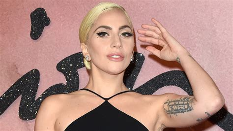 lady gaga biography youtube lady gaga gets inked with 20th arm tattoo on snapchat