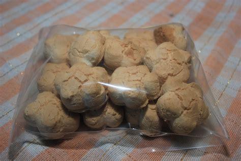 Kue Bangkit Bangka kue rintak camilan tradisional khas bangka belitung oleh