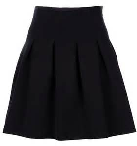 black pleated high waisted skirt redskirtz