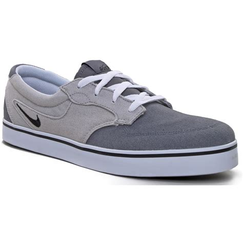 nike canvas sneakers nike 6 0 braata canvas shoes evo