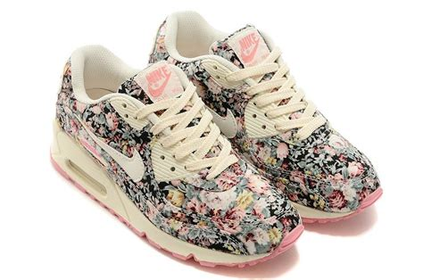 Nike 5 0 Flower 1000 ideas about flower shoes on shoes bow