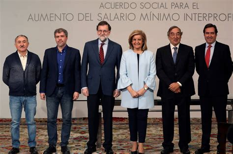 presidente maldonado anunci aumento del salario mnimo para el 2016 rajoy firma con los agentes sociales subir el salario