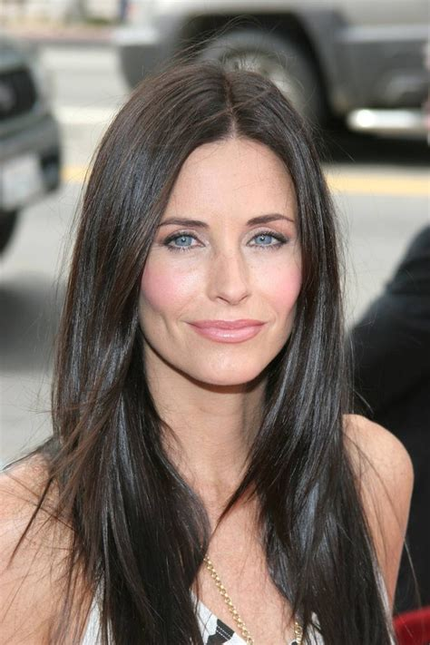 Courney Cox Gets by Courteney Cox Hairstyles Fade Haircut