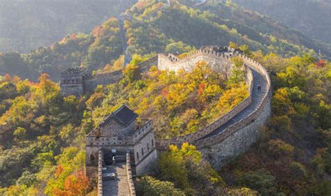 Modern Marvels Great Wall Of China by China Walking On The Great Wall Activity Holidays
