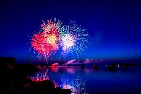 images of fireworks 50 happy new year 2018 free stock photos