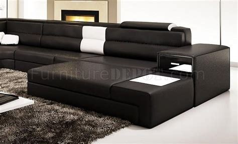 Polaris Sofa by Polaris Sectional Sofa In Black Bonded Leather By Vig